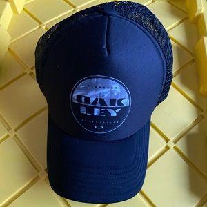 Oakley Trucker Hat Black/Grey